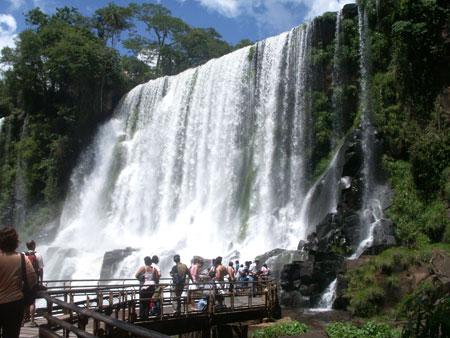 Iguazu Falls circuito inferior trail