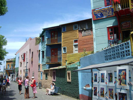 La Boca, Buenos Aires - Colorful houses on Caminito