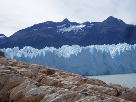 The Perito Moreno Glaciar with the mountains in the background